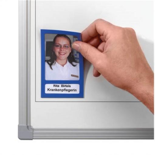 Fotobuch magnetisch. Abmessungen (B x H): 72 x 115 mm. Farbe: blau